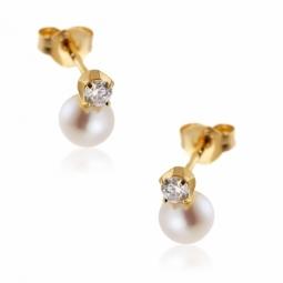 Boucles d'oreilles en or jaune, perle de culture d'eau douce et oxyde de zirconium.