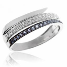 Bague en or gris rhodié noir, saphirs et diamants