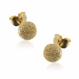 Boucles d'oreilles en or jaune granité, diamètre 6 mm.