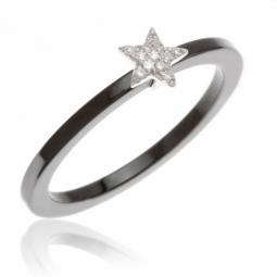 Bague en or gris, céramique et diamants