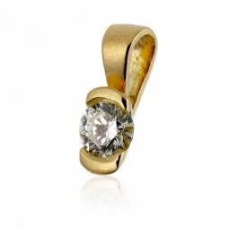 Pendentif en or jaune, diamant , serti demi  clos