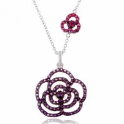 Collier en argent rhodié,  fleurs en améthystes et en rubis