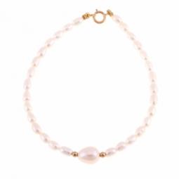 Bracelet en or jaune, boules or et perles de culture