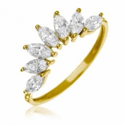 Bague en or jaune et oxydes de zirconium