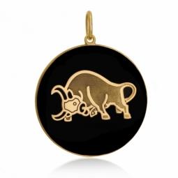Pendentif or jaune et onyx, signe taureau