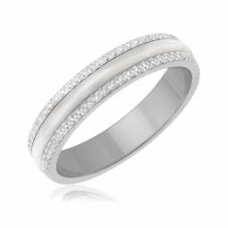 Achat d alliances femme en diamant ou or pour votre mariage - Le ... f0f8dad79d87