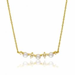 Collier en or jaune, perles de culture et oxydes de zirconium