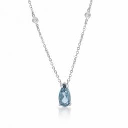 Collier en or gris , cristaux de synthèse bleu et blancs