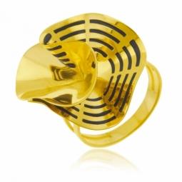 Bague en or jaune et laque noire