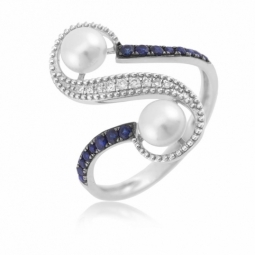 Bague en or gris diamants, perles de cultures et saphirs