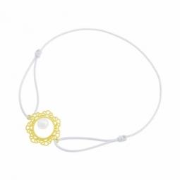 Bracelet dentelle  cordon gris en or jaune, perle de culture