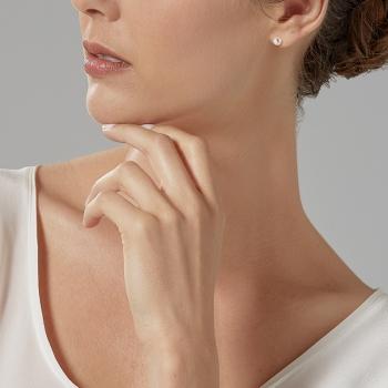 Boucles d'oreilles en or jaune, perle de culture cabochon d'eau douce 8-8.5 mm