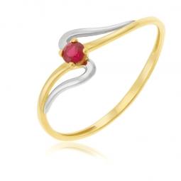 Bague en or jaune et rhodié, rubis