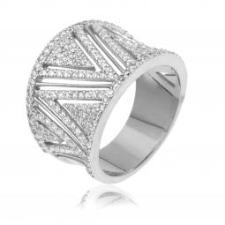 Bague en or gris, motifs triangle diamants